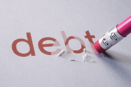 tips to tackle student loans and get out of debt