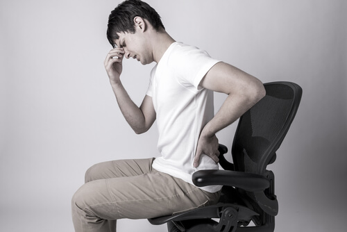House Call Doctor : 8 Times To Worry About Abdominal Pain