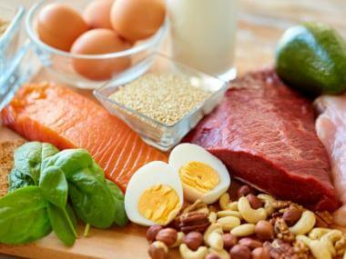 protein options like salmon, chicken, steak, eggs, avocado and nuts