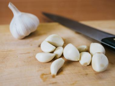7 Surprising Garlic Tips