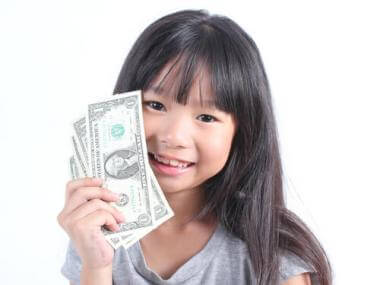 Should I Pay My Child an Allowance for Chores?