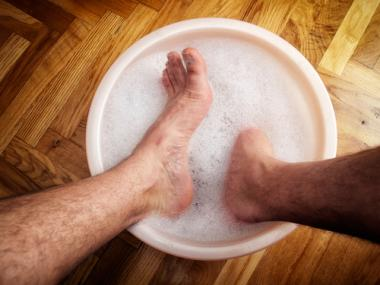 Natural Remedies to Prevent and Cure Athlete's Foot