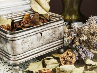 4 Secrets to Make Potpourri Last Longer