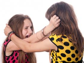 4 Ways to Handle Your Child's Toxic Friendships
