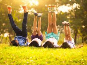 images of children outdoors