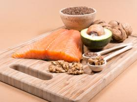 nutrition tips for pms sufferers omega 3s anti-inflammatory