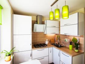4 Tips for Storing Groceries in a Tiny Kitchen
