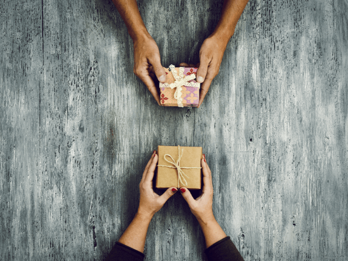 6 Thoughtful DIY Gifts for Friends