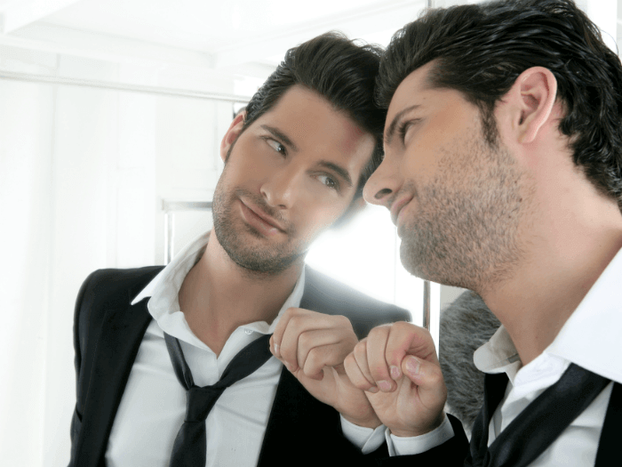 how to spot a narcissist man